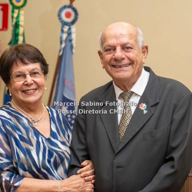 Cel Ney Guimarães e sua esposa Helga Maria Camelier Guimarães